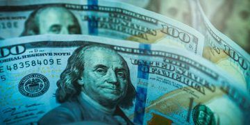 JESHOOTScom / Pixabay.com / American Dollar
