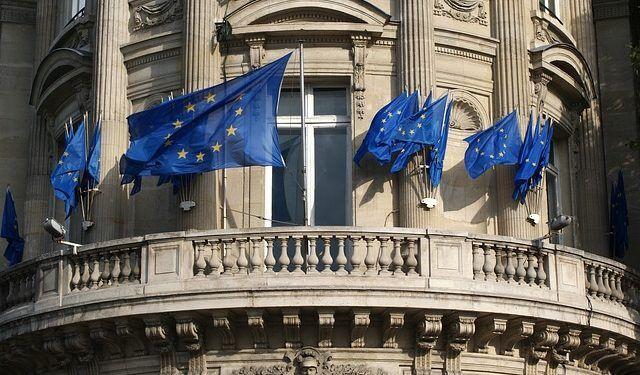 Pixabay.com / European Union Flags
