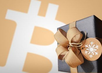 Bitcoin, Christmas Gift / Edited Pixabaycom photo