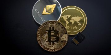 WorldSpectrum / Pixabay.com / Bitcoin, Etereum, Ripple