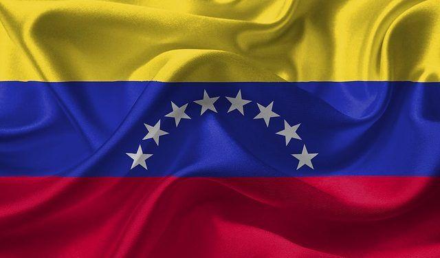 DavidRockDesign / Pixabay.com / Venezuela Flag