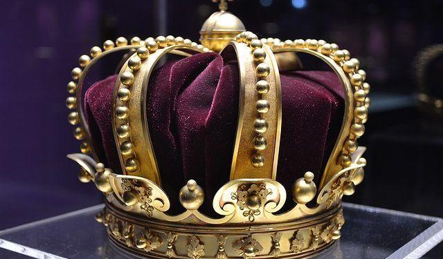 talpeanu / Pixabay.com / Crown