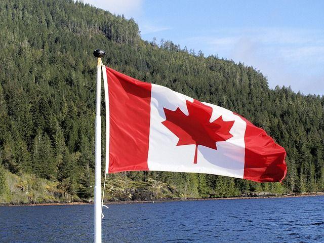Greg70 / Pixabay.com / Canada Flag