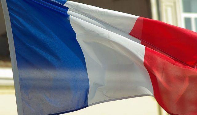 jackmac34 / Pixabay.com / France flag