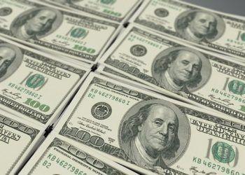 QuinceMedia / US Dollars / Pixabay.com