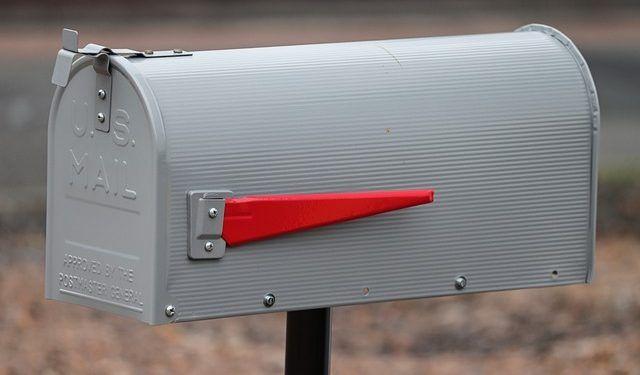 manfredrichter / Pixabay.com / Post Box