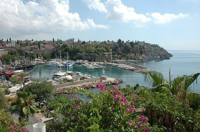 hanatour04 / Pixabay.com / Antalya