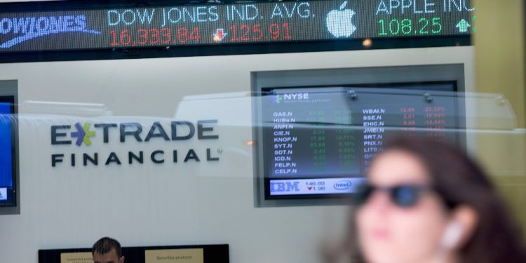 E*Trade Looking into Offering Crypto to Prop up Securities Slump