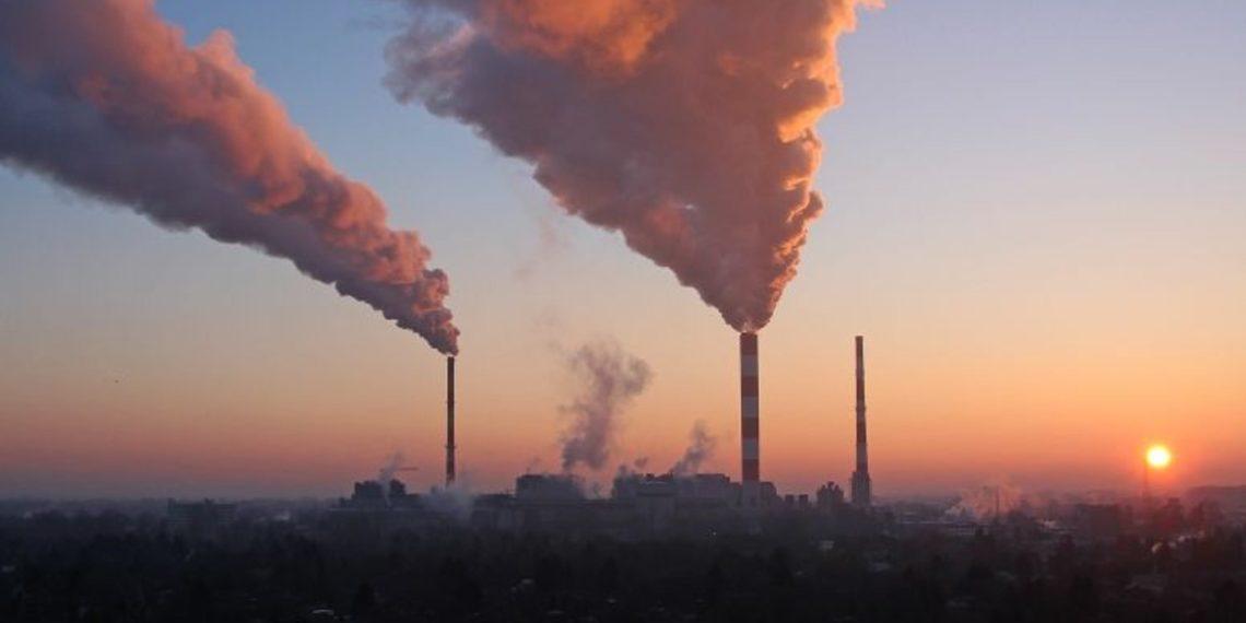 Bitcoin's Environmental Impact Debate: BTC's Carbon Footprint Matches Las Vegas