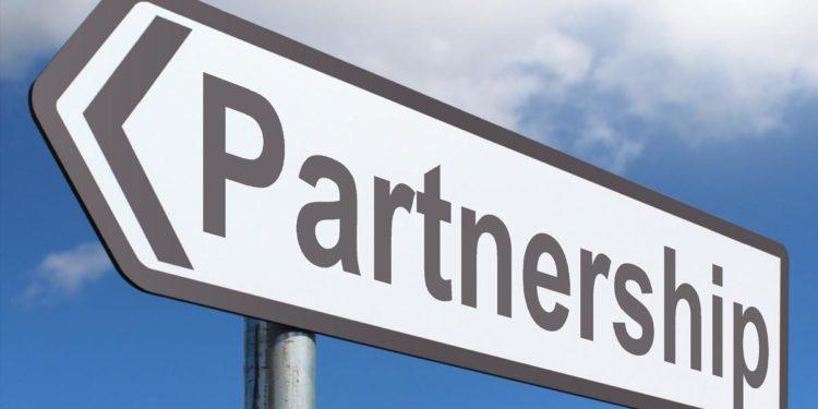 Liquid.Com and BitUniverse Strike a New Partnership Deal