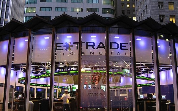 ETrade Becomes Latest Brokerage To Announce Commission Free Trading