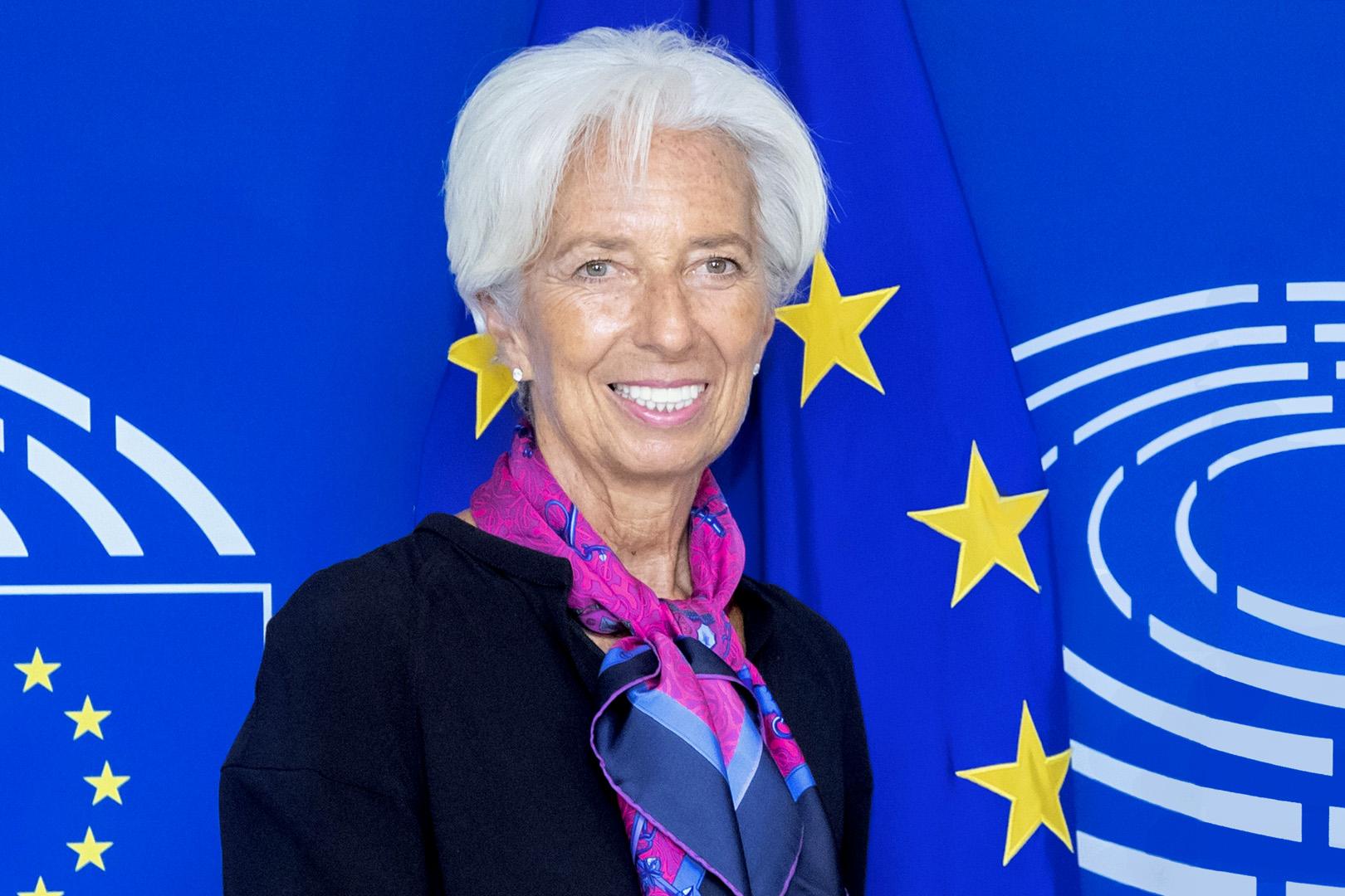 Christine Lagarde Drops a Crypto Bomb, Says ECB Interested in Stablecoins