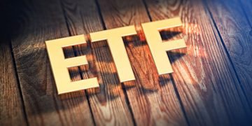ETFs are better investments than mutual funds
