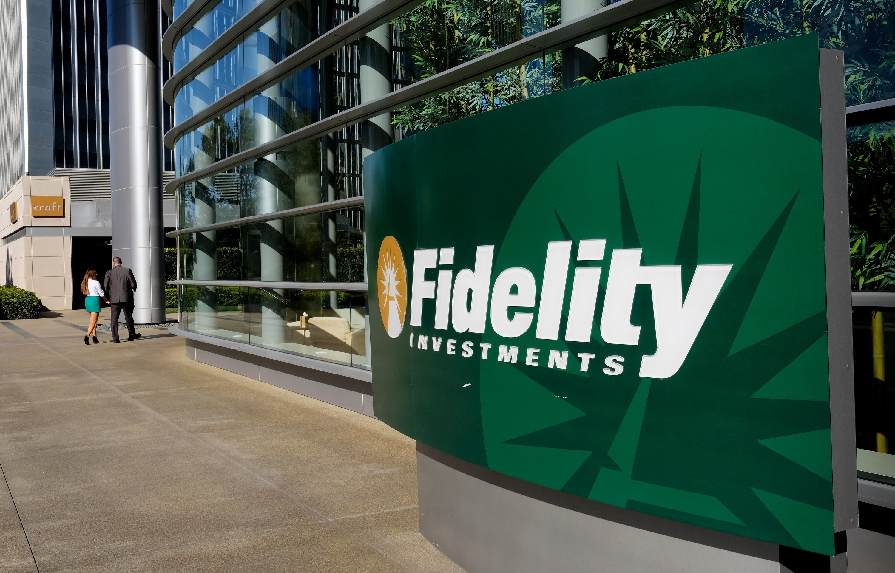 Fidelity Acquires 10% Stake in Hut 8, a Bitcoin Mining Firm