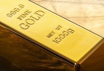 gold has lost its value slightly for the third time in four days