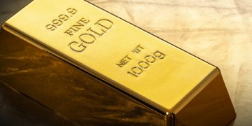 gold needs to surge above $2,000 for the bull run to continue