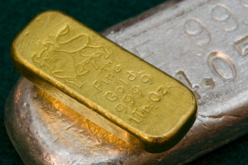 gold vs silver, which is better investment