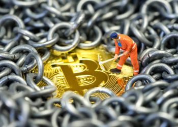 Bitcoin Miners Support Standard Hashrate's TAU Protocol On BSC