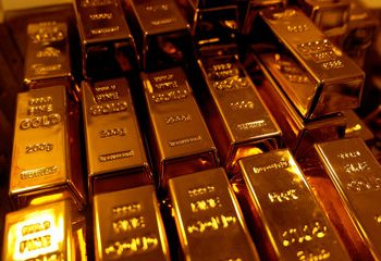 Is gold A Good Investment In 2021 As Prices Continue Dropping?