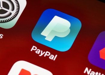 PayPal Looks to dominate Crypto Payment Space with 'Curv' Acquisition