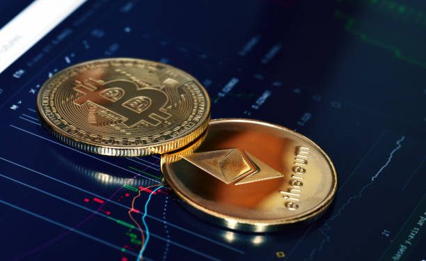 Bitcoin Cash And Ethereum Classic See Triple-Digit Rallies