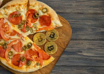 Bitcoin Pizza Day Values First Official BTC Transaction At $372M For 2 Pizzas