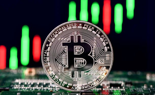 Bitcoin Remains On Shaky Ground After Failing To Surpass $60K