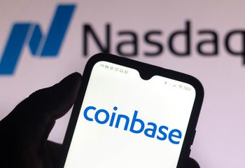 Coinbase Stock Plummets To Record Low, Keeps Decoupling From Crypto