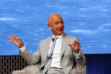 Jeff Bezos Sells $2.5 Billion Amazon (AMZN) Shares