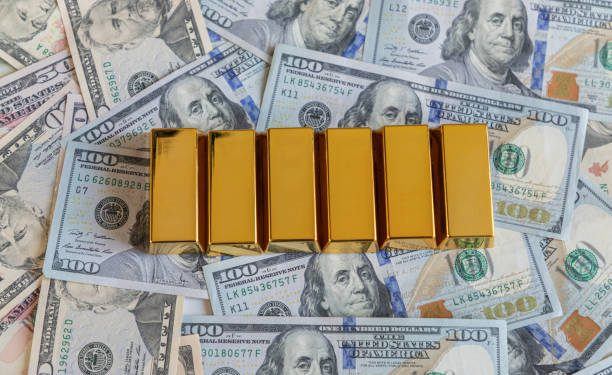 Gold Will Thrive As The Dollar Withers - DoubleLine's Gundlach